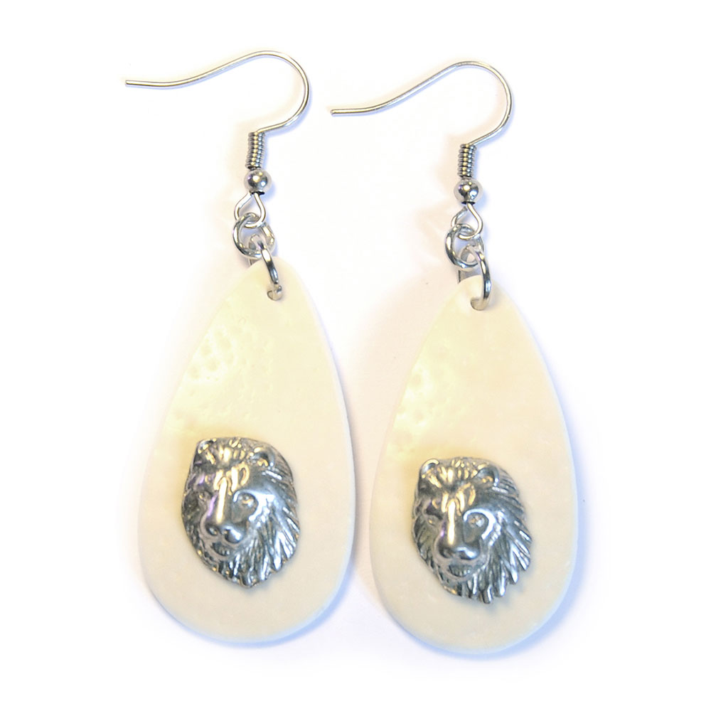 Ostrich eggshell earrings with lion heads
