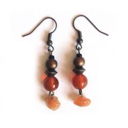 Carnelian gemstone earrings, aventurine chips with metallic wood - ERAS02