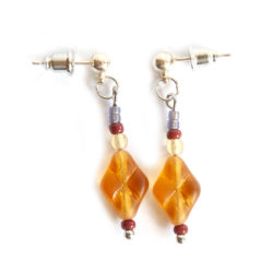 Strikingly simple, golden Czech glass earrings